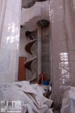 So sah es noch 2008 aus: Arbeiten an der Treppe in der Fassade der Herrlichkeit