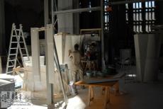 Arbeiten an den Säulen, die das Gewölbe tragen werden (2008)