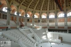 Ränge der großen Halle des MNAC