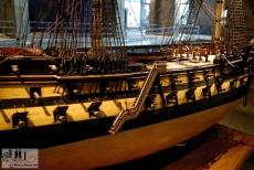 Modell eines Kriegsschiffes