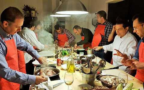 In kleinen Gruppen typisch spanische Gerichte kochen lernen