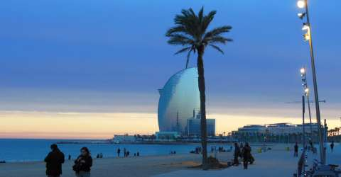 The locals like to live in Barceloneta