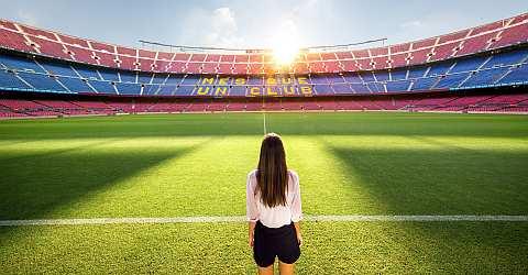 Camp Nou Tour am Spielfeld
