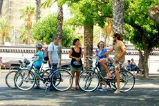 City tour in Barcelona by bike