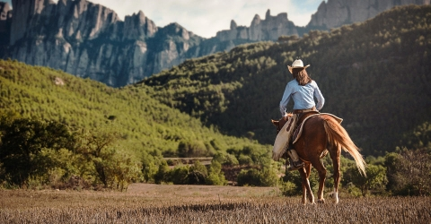Horseback riding in the National Park and visit Montserrat Monastery