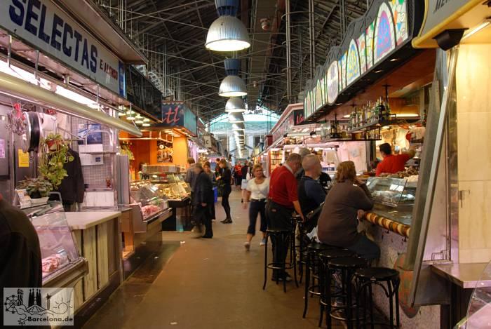 You can also eat something in the Mercat de la Boqueria