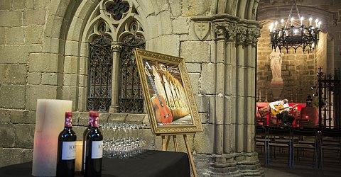 Gitarrenkonzert am Kreuzgang der Iglesia Santa Anna