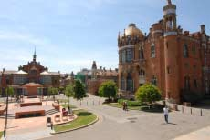 Hospital de Santa Creu i de Sant Pau, beautiful buildings will help in recovery