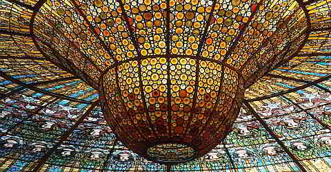 Ceiling of the concert hall in Palau de la Música Catalana
