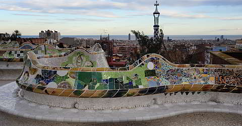 The winding bank of the Park Güell