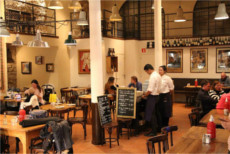 Bodega La Puntual - excellent selection of wine and tapas