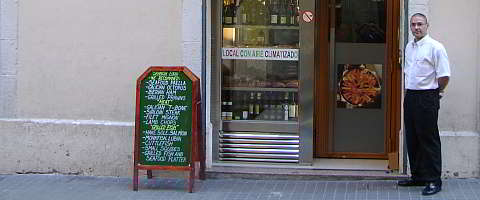Raul, the congenial boss of Casa Reguira, in front of his restaurant