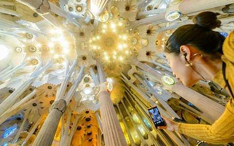 Führung innerhalb der Sagrada Familia