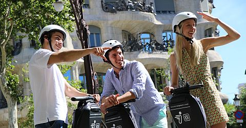 Discover Barcelona by Segway