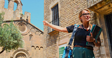 Private guided tour through Barcelona's old town district Raval